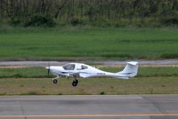 TAKAHIDEさんが、新潟空港で撮影したアルファーアビエィション DA40 XL Diamond Starの航空フォト(飛行機 写真・画像)