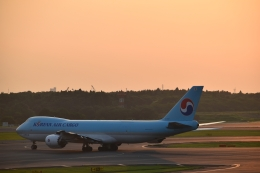 Anchorage2000さんが、成田国際空港で撮影した大韓航空 747-8B5F/SCDの航空フォト(飛行機 写真・画像)