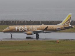 FT51ANさんが、神戸空港で撮影したフジドリームエアラインズ ERJ-170-200 (ERJ-175STD)の航空フォト(飛行機 写真・画像)