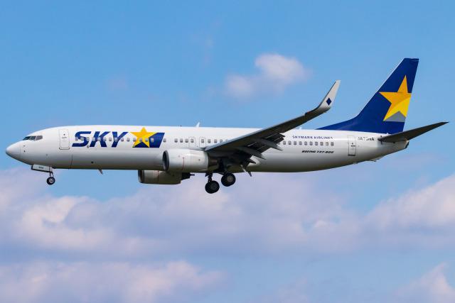 Yukio a.k.a Yu Worksさんが、福岡空港で撮影したスカイマーク 737-8HXの航空フォト(飛行機 写真・画像)