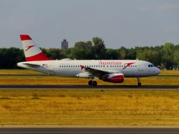 TA27さんが、ベルリン・テーゲル空港で撮影したオーストリア航空 A319-112の航空フォト(飛行機 写真・画像)