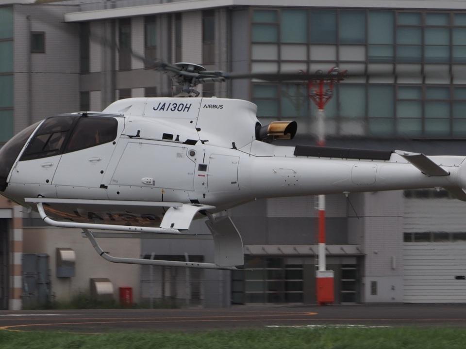 gennai04さんの日本個人所有 Airbus Helicopters H130 (JA130H) 航空フォト