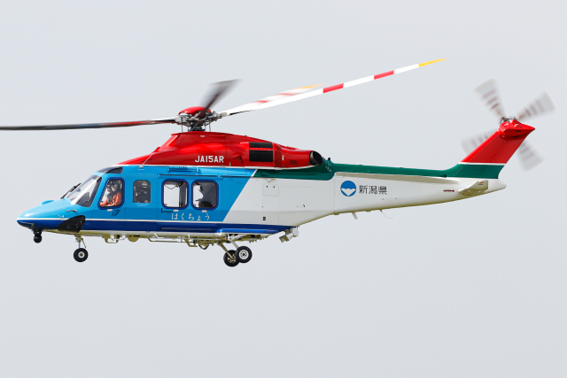 A.Tさんが、八尾空港で撮影した新潟県消防防災航空隊 AW139の航空フォト(飛行機 写真・画像)