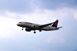 航空フォト:D-AINC ルフトハンザドイツ航空 A320neo