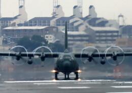 ビッグジョンソンさんが、春日基地で撮影した航空自衛隊 C-130H Herculesの航空フォト(飛行機 写真・画像)
