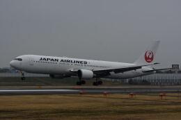 どんちんさんが、伊丹空港で撮影した日本航空 767-346/ERの航空フォト(飛行機 写真・画像)