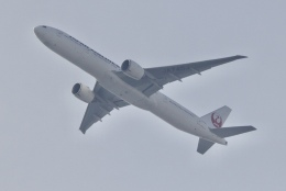 mahiちゃんさんが、埼玉県和光市で撮影した日本航空 777-346/ERの航空フォト(飛行機 写真・画像)