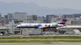 flytaka78さんが、福岡空港で撮影したアイベックスエアラインズ CL-600-2C10(CRJ-702ER)の航空フォト(飛行機 写真・画像)
