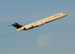TA27さんが、シャーロット ダグラス国際空港で撮影したデルタ航空 MD-88の航空フォト(飛行機 写真・画像)