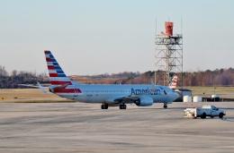TA27さんが、シャーロット ダグラス国際空港で撮影したアメリカン航空 737-823の航空フォト(飛行機 写真・画像)