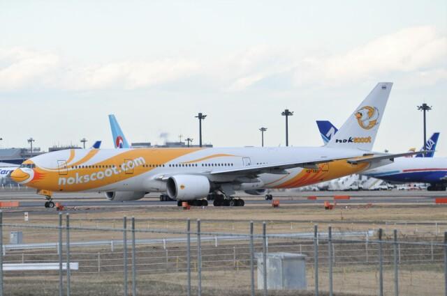 Flying A340さんが、成田国際空港で撮影したノックスクート 777-212/ERの航空フォト(飛行機 写真・画像)