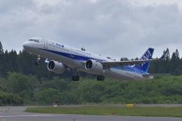 falconさんが、秋田空港で撮影した全日空 A321-272Nの航空フォト(飛行機 写真・画像)