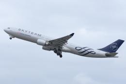 YouKeyさんが、新千歳空港で撮影したチャイナエアライン A330-302の航空フォト(飛行機 写真・画像)