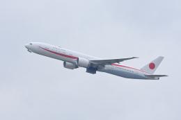 YouKeyさんが、新千歳空港で撮影した航空自衛隊 777-3SB/ERの航空フォト(飛行機 写真・画像)