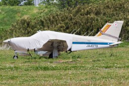 walker2000さんが、ホンダエアポートで撮影した日本個人所有 PA-28R-201T Turbo Arrow IIIの航空フォト(飛行機 写真・画像)