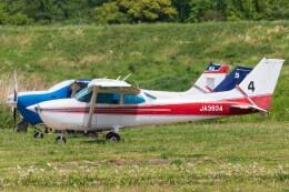 walker2000さんが、ホンダエアポートで撮影した日本個人所有 172P Skyhawkの航空フォト(飛行機 写真・画像)
