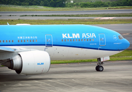 NINEJETSさんが、成田国際空港で撮影したKLMオランダ航空 777-206/ERの航空フォト(飛行機 写真・画像)