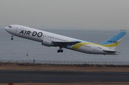 いんちゃんさんが、羽田空港で撮影したAIR DO 767-33A/ERの航空フォト(飛行機 写真・画像)