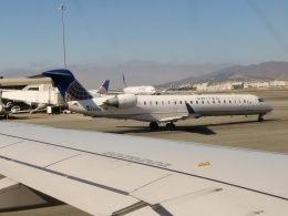 TA27さんが、サンフランシスコ国際空港で撮影したスカイウエスト CL-600-2C10 Regional Jet CRJ-701ERの航空フォト(飛行機 写真・画像)