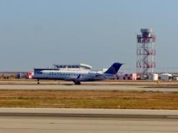 TA27さんが、サンフランシスコ国際空港で撮影したスカイウエスト CL-600-2B19 Regional Jet CRJ-200LRの航空フォト(飛行機 写真・画像)