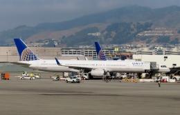 TA27さんが、サンフランシスコ国際空港で撮影したユナイテッド航空 757-324の航空フォト(飛行機 写真・画像)