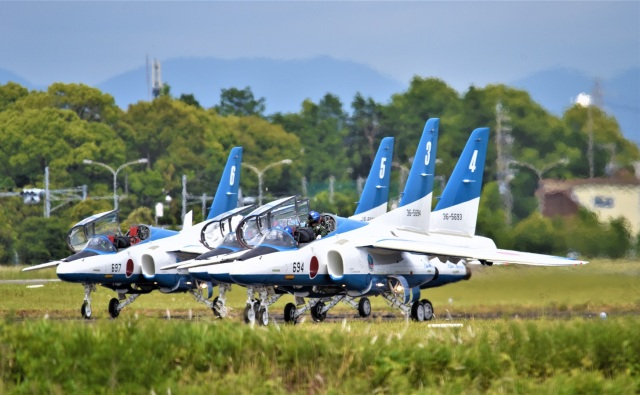 SAM01さんが、浜松基地で撮影した航空自衛隊 T-4の航空フォト(飛行機 写真・画像)