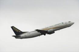 エルさんが、成田国際空港で撮影した中国郵政航空 737-4Q8(SF)の航空フォト(飛行機 写真・画像)
