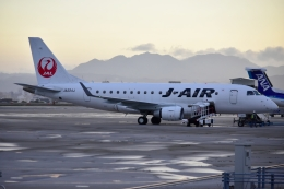 E-75さんが、函館空港で撮影したジェイエア ERJ-170-100 (ERJ-170STD)の航空フォト(飛行機 写真・画像)