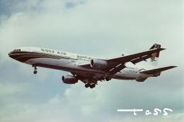 tassさんが、ロンドン・ヒースロー空港で撮影したガルフ・エア L-1011-385-1-15 TriStar 200の航空フォト(飛行機 写真・画像)