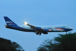 木人さんが、成田国際空港で撮影したシルクウェイ・ウェスト・エアラインズ 747-83QFの航空フォト(飛行機 写真・画像)