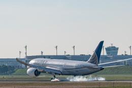 gomaさんが、ミュンヘン・フランツヨーゼフシュトラウス空港で撮影したユナイテッド航空 787-8 Dreamlinerの航空フォト(飛行機 写真・画像)