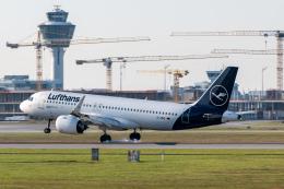 航空フォト:D-AINO ルフトハンザドイツ航空 A320neo