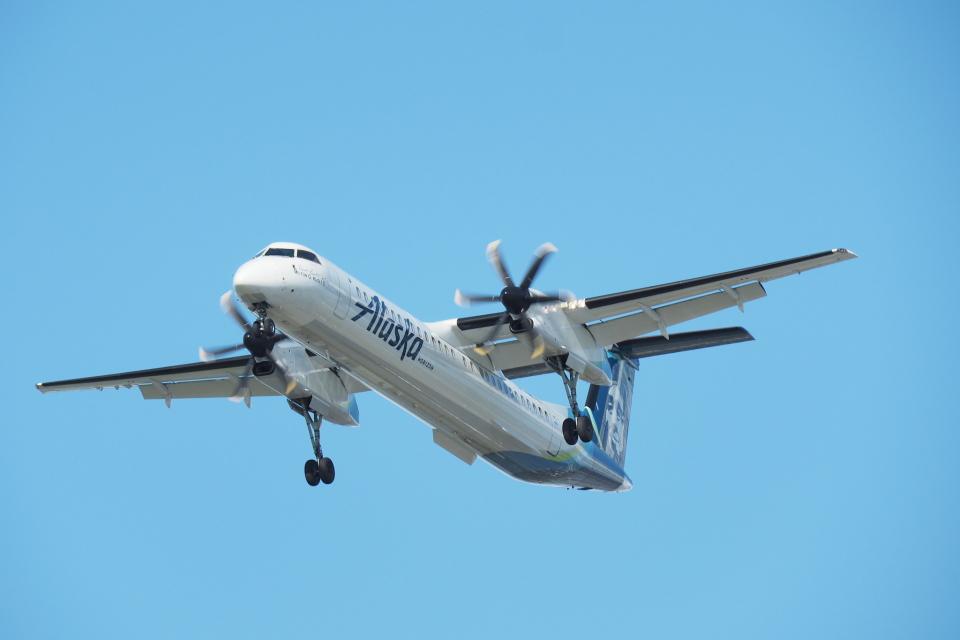 thomasYVRさんのホライゾン航空 Bombardier DHC-8-200 (N434MK) 航空フォト