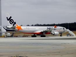 TA27さんが、メルボルン空港で撮影したジェットスター A330-202の航空フォト(飛行機 写真・画像)