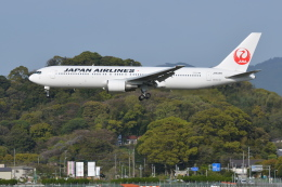 Deepさんが、福岡空港で撮影した日本航空 767-346の航空フォト(飛行機 写真・画像)
