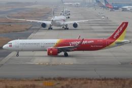 磐城さんが、関西国際空港で撮影したベトジェットエア A321-271Nの航空フォト(飛行機 写真・画像)