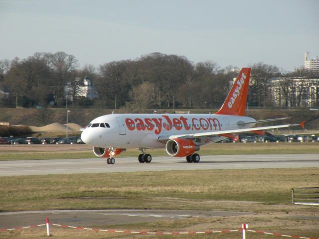 ハンブルク・フィンケンヴェルダー空港  - Hamburg Finkenwerder Airport [XFW/EDHI]で撮影されたハンブルク・フィンケンヴェルダー空港  - Hamburg Finkenwerder Airport [XFW/EDHI]の航空機写真(フォト・画像)