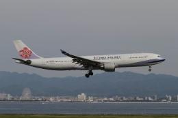 ☆H・I・J☆さんが、関西国際空港で撮影したチャイナエアライン A330-302の航空フォト(飛行機 写真・画像)