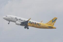 青春の1ページさんが、関西国際空港で撮影したピーチ A320-214の航空フォト(飛行機 写真・画像)