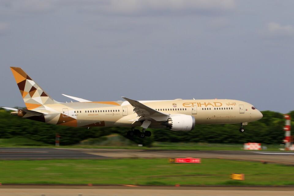 ☆ライダーさんのエティハド航空 Boeing 787-9 (A6-BLY) 航空フォト