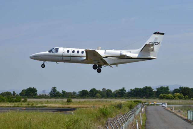 Gambardierさんが、岡南飛行場で撮影したアメリカ陸軍 UC-35A Citation Ultra (560)の航空フォト(飛行機 写真・画像)
