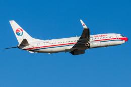 Yukio a.k.a Yu Worksさんが、福岡空港で撮影した中国東方航空 737-89Pの航空フォト(飛行機 写真・画像)