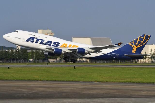デルタおA330さんが、横田基地で撮影したアトラス航空 747-422の航空フォト(飛行機 写真・画像)