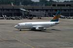 メニSさんが、シンガポール・チャンギ国際空港で撮影したメルパチ・ヌサンタラ航空 737-217/Advの航空フォト(写真)