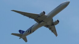 Garnet Worldさんが、成田国際空港で撮影したエールフランス航空 777-328/ERの航空フォト(飛行機 写真・画像)
