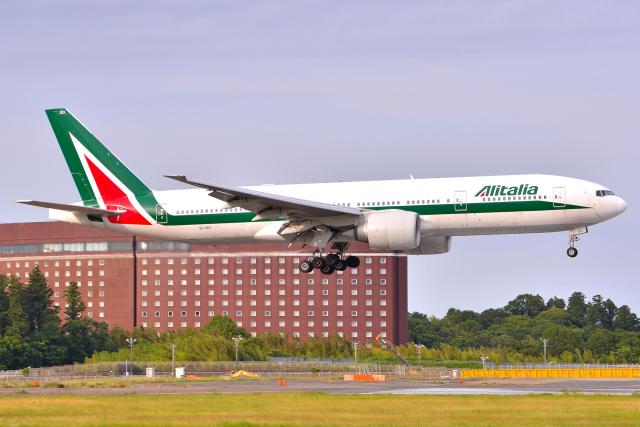 航空フォト:EI-ISD アリタリア航空 777-200