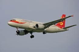 tsubameさんが、福岡空港で撮影した香港エクスプレス A320-214の航空フォト(飛行機 写真・画像)