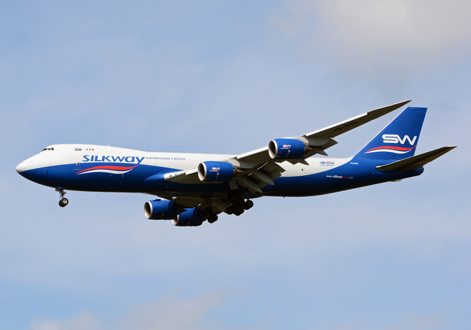 NINEJETSさんのシルクウェイ・ウェスト・エアラインズ Boeing 747-8 (VQ-BVC) 航空フォト