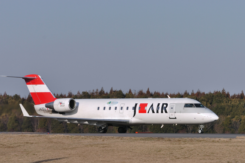 senyoさんのジェイエア Bombardier CRJ-200 (JA201J) 航空フォト