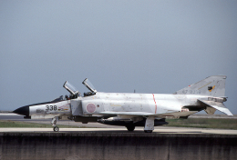 JAパイロットさんが、築城基地で撮影した航空自衛隊 F-4EJ Kai Phantom IIの航空フォト(飛行機 写真・画像)